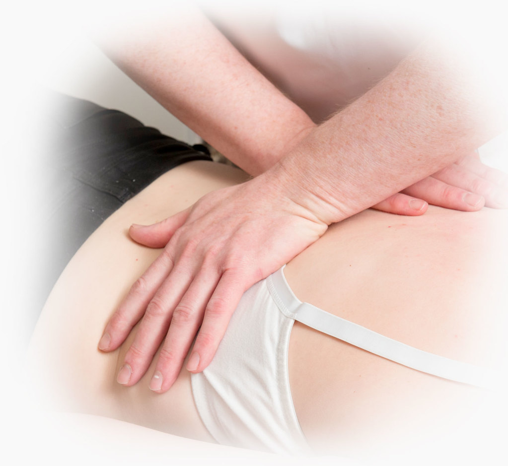 Osteopath treatment, back pain